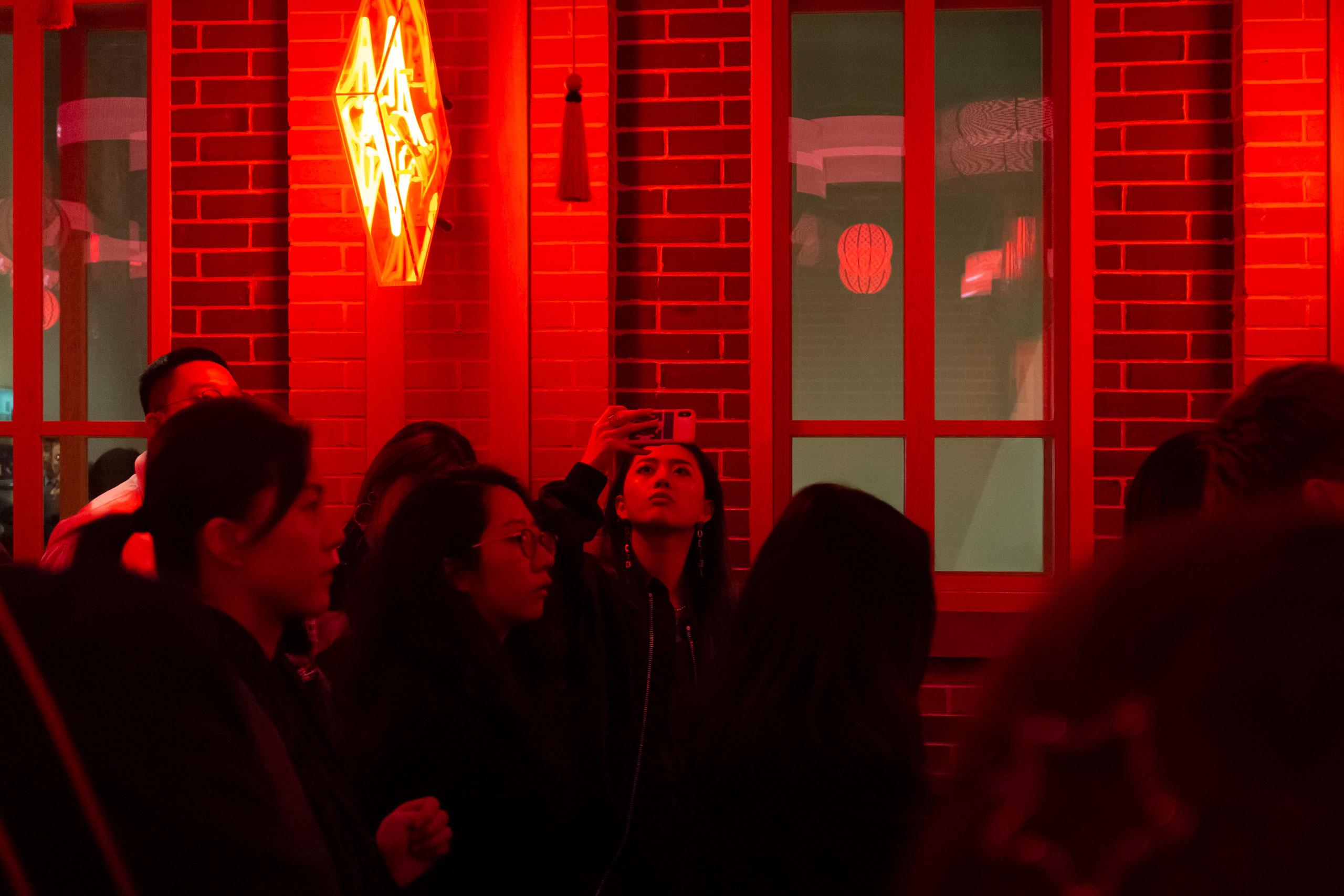 Louis Vuitton Volez, Voguez, Voyagez: Shanghai