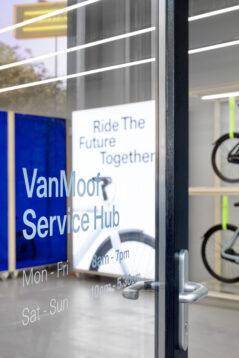 VanMoof Service Hubs